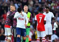 Hasil Liga Inggris Semalam: Arsenal Bantai Tottenham Hotspur, Southampton vs Wolves Berakhir 0-1