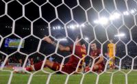 AS Roma Takluk dari Lazio, Ibanez Akui Giallorossi Lengah di Babak Pertama