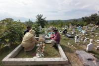 Peringati 3 Tahun Bencana Palu, Ratusan Warga Ziarah ke Pemakaman Massal