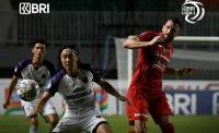 Persija Jakarta vs Persita Tangerang Sama Kuat di Babak Pertama