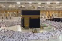 Menengok Sholat Subuh Pertama Tanpa Jaga Jarak di Masjidil Haram