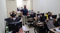Polisi Tetapkan 6 Orang Jadi Tersangka Kasus Pinjol Ilegal di Jakarta Barat