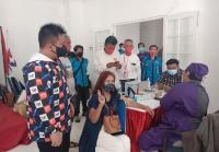 Warga Serbu Vaksinasi Massal Partai Perindo Jabar, 1.000 Dosis Ludes dalam Hitungan Jam