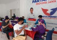 Puas Ikut Vaksinasi Massal, Warga Bandung Doakan Partai Perindo Semakin Maju