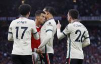 Kacau! Gara-Gara Curtis Jones Ditendang, Virgil van Dijk Serang Cristiano Ronaldo Sampai CR7 Terpental