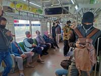 Jakarta PPKM Level 2, Penumpang KRL Naik 5% Pagi Ini
