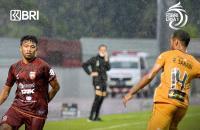 Hasil Bhayangkara FC vs Borneo FC di Pekan Kesembilan Liga 1 2021-2022: Pesut Etam Kena Comeback The Guardian