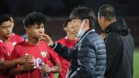 Timnas Indonesia U-23 Takluk dari Timnas Australia U-23, Shin Tae-yong Puji Perjuangan Pemain