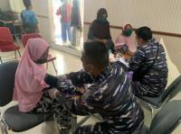 TNI AL Terus Gencarkan Serbuan Vaksinasi Nasional