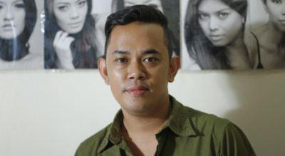 Ikuti Kemauan Klien, Malik Moestaram Usung Kaftan