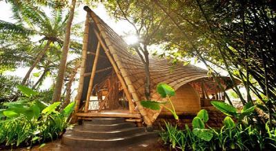 """""""Ibuku"""", Bangunan Bambu Karya Arsitek New York"""