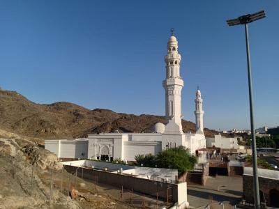 Ziarah ke 5 Masjid Peninggalan Perang Khandaq