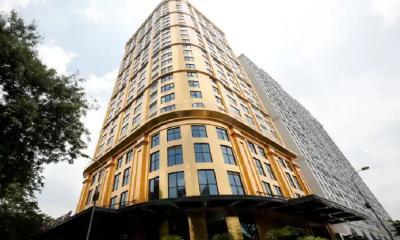 Punya Uang Rp3,6 Juta, Hotel Berlapis Emas Ini Bikin Pengunjung bak Crazy Rich