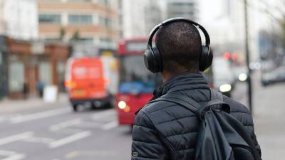 Saingi iTunes, Spotify Hadirkan Sistem Popularitas untuk Podcast