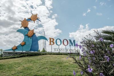 Kepincut Pesona Pantai Boom, Objek Wisata Paling Hits di Banyuwangi