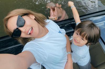 Senyum Bahagia El Barack Bareng Mommy Jessica Iskandar, So Sweet