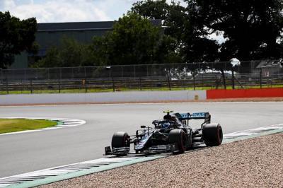 Bottas Gagal Finis Podium, Wolff: Pirelli Perlu Cek Kualitas Bannya