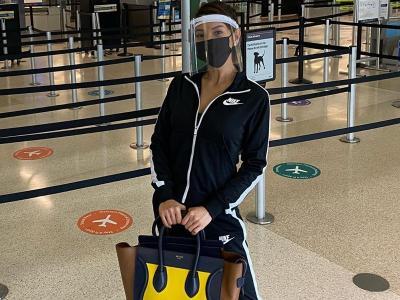 Kecenya Airport Style Farah Quinn saat Jemput Anak ke Amerika