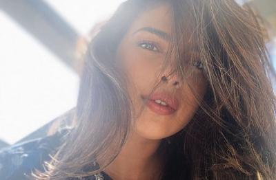 Priyanka Chopra Ungkap Ketertarikan Bintangi Film Timur Tengah
