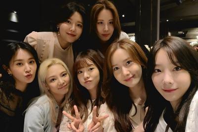 Reunian, SNSD Rayakan Ulang Tahun Tiffany dan Anniversary 13 Tahun