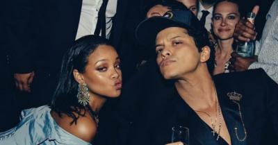 Frustasi Menulis Musik, Bruno Mars Rayu Rihanna agar Jadi Model