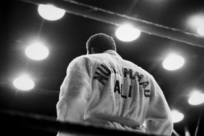 5 Atlet Muslim yang Sukses Besar di Dunia Olahraga