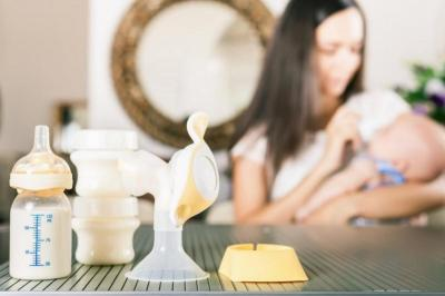 Perlukah Membersihkan Pompa ASI dengan Disinfektan?