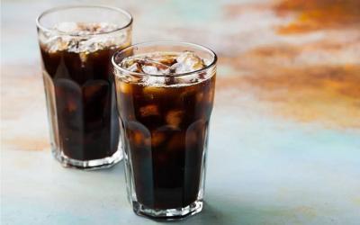 Ini Bahaya Kebanyakan Minum Soda bagi Gigi