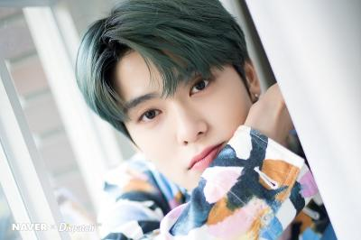 Jaehyun NCT Pertimbangkan Tawaran Love Playlist secara Positif