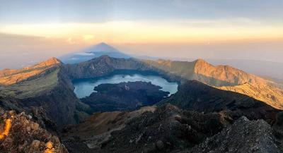 Heboh Video Pendaki 'Dugem' di Gunung Rinjani, Netizen Geram!