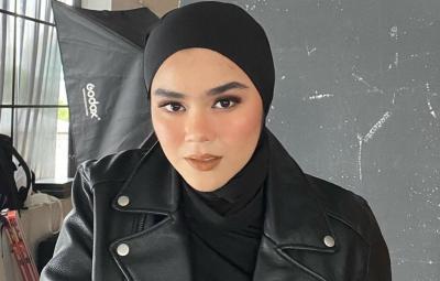 Padu Padan Tema Boyish ala Hijaber Sivia Azizah