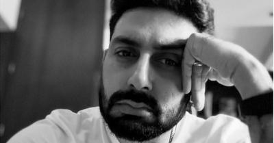 Satu Bulan Terinfeksi COVID-19, Abhishek Bachchan Masih Dirawat di Rumah Sakit