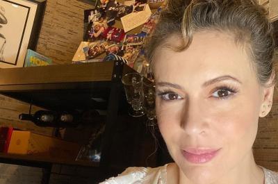 Alami Sendiri Positif COVID-19, Alyssa Milano: Penyakit Ini Bukan Hoaks