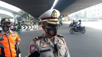 Pelanggaran Ganjil-Genap di Jakarta Barat Menurun, Sosialisasi Diperpanjang
