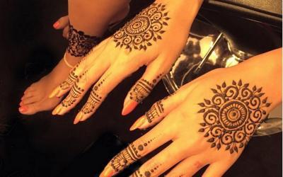 Henna Bukan Hanya untuk Kecantikan, Rasulullah Menjadikannya Obat