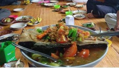 Sup Kepala Ikan Kongkong, Makanan Khas Pantura yang Menggoyang Lidah