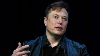 Elon Musk Klaim Mobil Tesla Bisa Jadi Perahu
