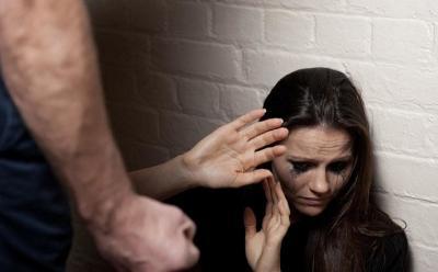 7 Tanda Pacar Kamu Berpotensi Melakukan Kekerasan, Segera Tinggalkan