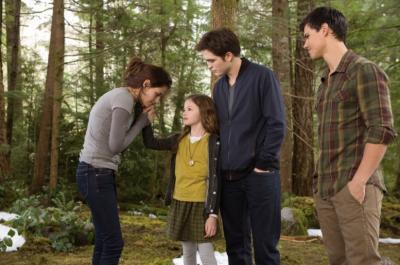 Twilight Saga: Breaking Dawn Part 2, Penutup Kisah Cinta Manusia dan Vampir