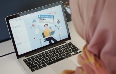 Biaya Jasa Platform Digital Mitra Prakerja Dibatasi 15%