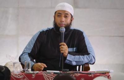 Ayah Ustadz Khalid Basalamah Meninggal Usai Terpapar Covid-19