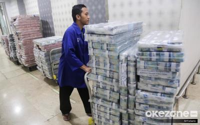 Pekerja Swasta Dapat Subsidi Rp2,4 Juta, PNS Tersenyum Lebar dengan Gaji ke-13