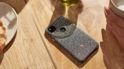 Google Bikin Casing Ponsel dari Daur Ulang Botol Plastik