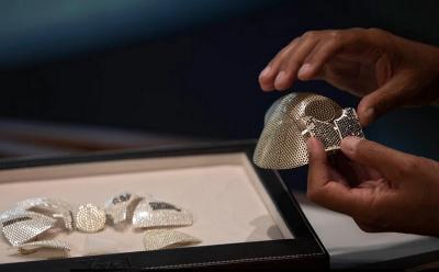 Mewahnya Masker Covid-19 Termahal di Dunia, Harganya Rp22 Miliar
