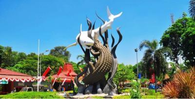 Surabaya Masuk Zona Oranye Padahal Kasus Covid-19 Masih Tinggi, Kok Bisa?