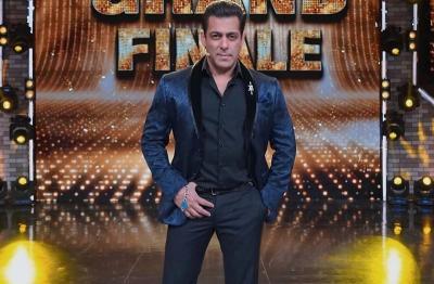 Masih Pandemi, Salman Khan Lanjut Syuting Reality Show Bigg Boss