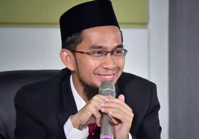 Cerita Ustadz Adi Hidayat Akrab dengan MUI Sejak Kecil