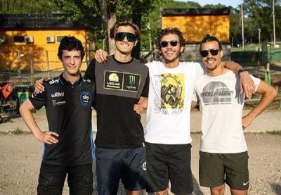 Masih Nyaman Jadi Pembalap, Rossi Belum Berencana Manajeri Tim