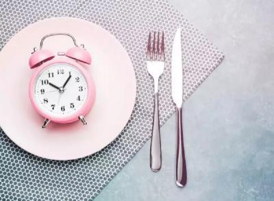 5 Bahaya Melewatkan Makan saat Diet Turunkan Berat Badan