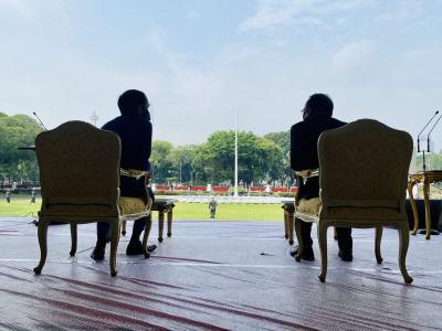 Kata Jokowi Saat Saksikan Geladi Kotor Upacara HUT ke-75 RI di Istana